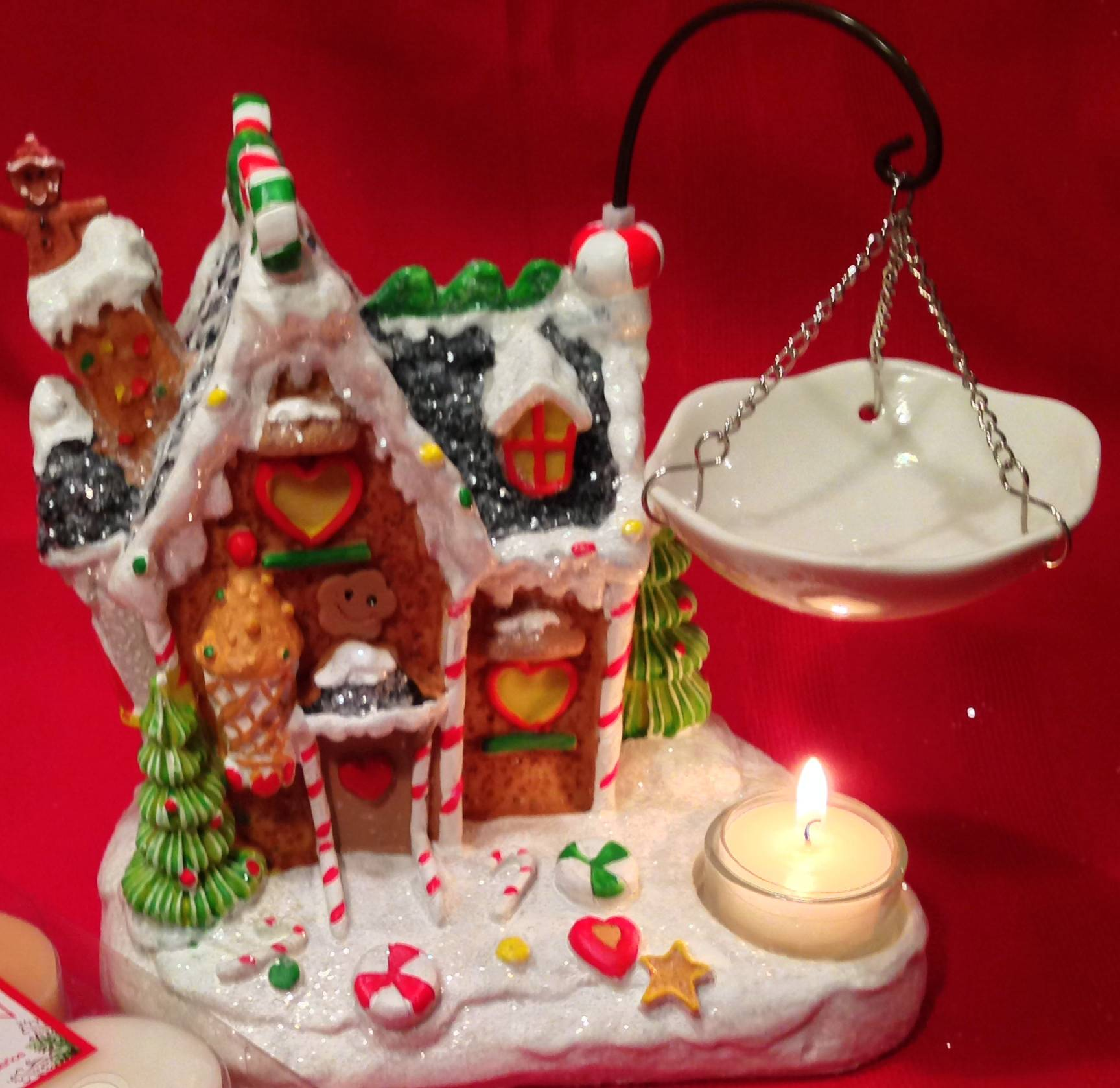 Item 14 ceramic gingerbread house wax melt warmer by avon